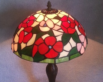 Stained Glass Lamp - Floral Pattern
