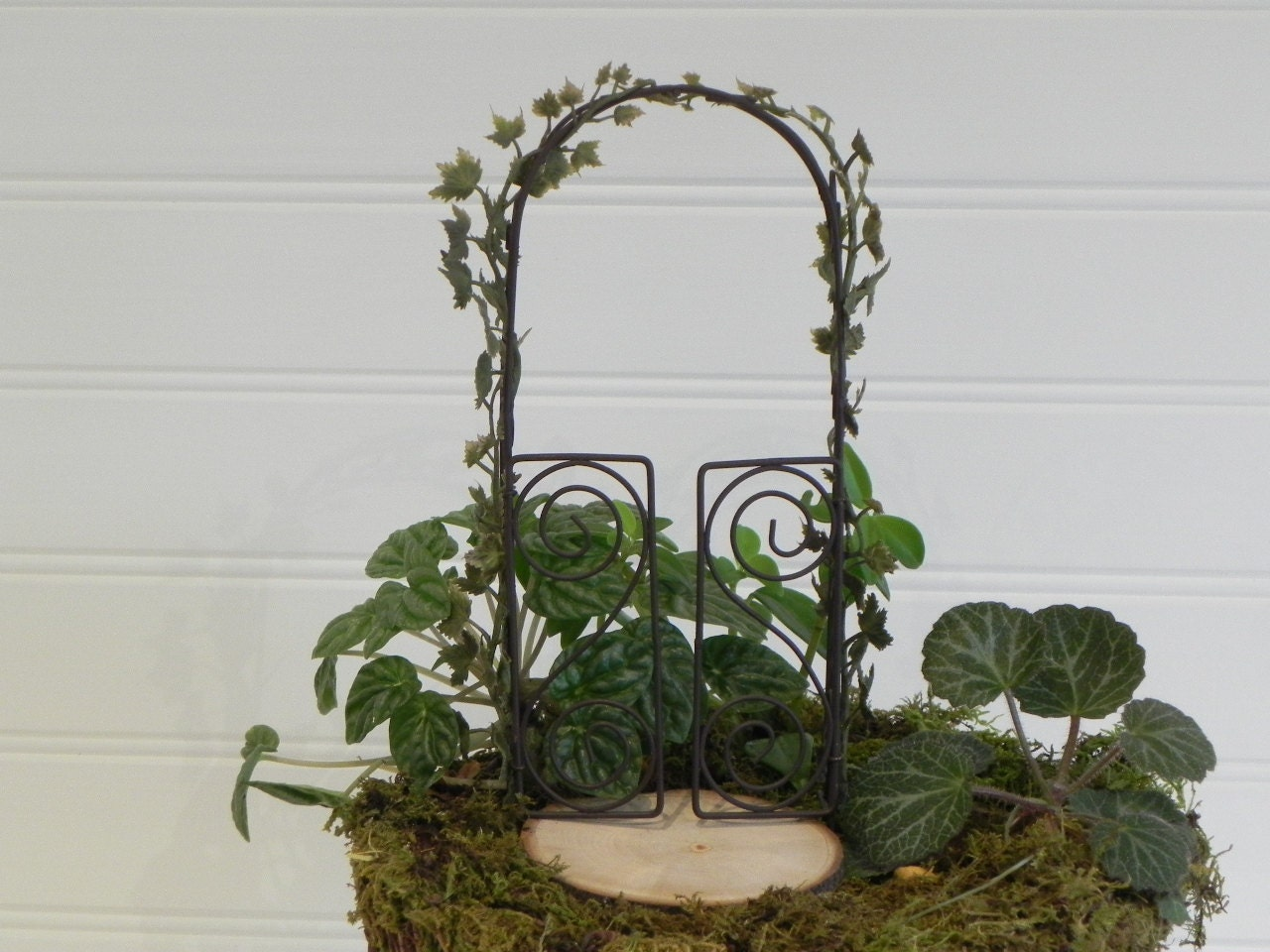 Fairy Garden Arbor Miniature Accessories With Artificial Ivy