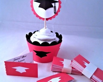 Set of 12 cupcake wrappers, ideal for Graduation party, special event