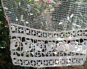 Antique Net Curtain Victorian Off White French Filet Valance Handmade Cotton Floral Lace Trim #sophieladydeparis