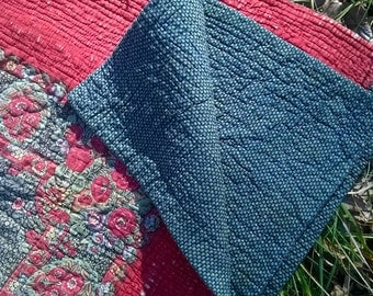 1800's Blanket 19th Provence Boutis Red Green Roses Victorian Cotton French Provence Quilt Piqué Marseillais Bedspread #SophieLadyDeParis