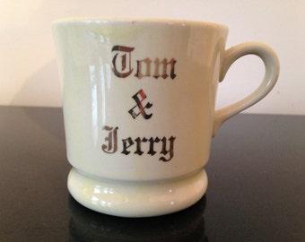 Vintage Tom and Jerry Mug, made by Hall China
