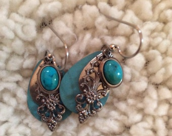 Silver forest turquoise earrings 1-1/2 in