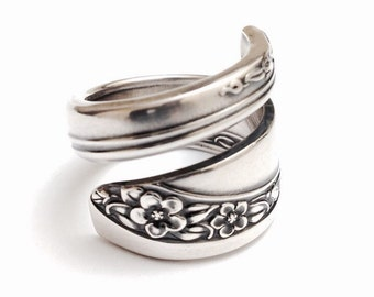 Silver Spoon Ring  circa 1953 - Silverware Jewelry - Spoon Jewelry