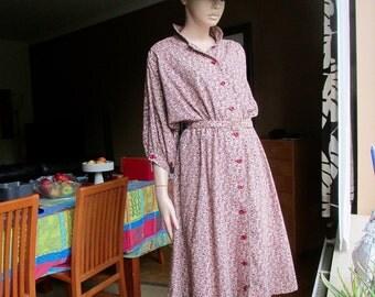 "vintage ""prairie"" style dress.English vintage dress.Wallis floral print belted dress."