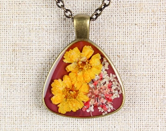 Pressed Flower Necklace - Yellow Mini Daisies in Triangular Pendant