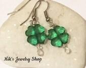 St. Patricks Day Shamrock Earrings, Shamrock Earrings, Four Leaf Clover, Clover Earrings, St. Patrick's Day, Lucky Shamrock Earrings