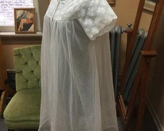 1960's sheer white babydoll peignoir set