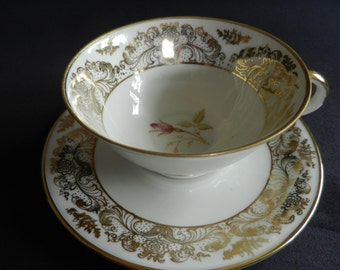Art Deco Bavaria ivory teacup gold decoration with flower ca. 1930