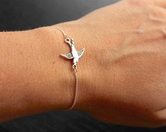 Silver swallow bracelet, bird bracelet, swallow bracelet, silver bird bracelet, dainty bird bracelet, thin chain bracelet, gift for her