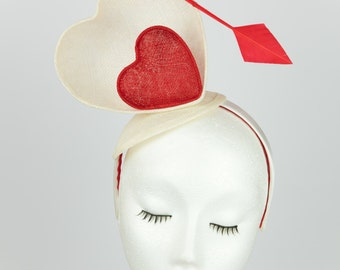 Laura - Fascinator - Sinamay - lovehearts - special ocassion - red - white