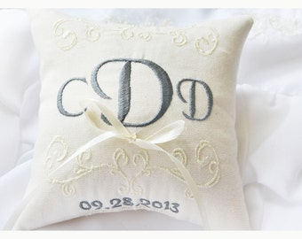 Ring bearer pillow, wedding ring pillow , Monogrammed ring pillow , Custom embroidered ring bearer pillow (R6)