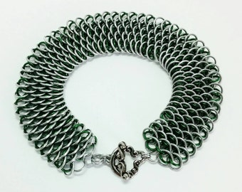 Dragonscale Bracelet - Silver and Green, Bright and Anodized Aluminum