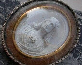 19 century reliquary antique bronze frame bombe glass sculpture Jusus sacred heart miniature Jesus antique praying bronze frame Pendant