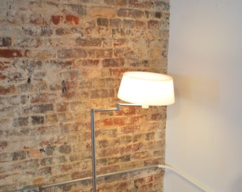 Gerald Thurston Lightolier Mid Century Modern Articulating Floor Lamp