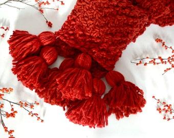 Mistletoe Tassel Scarf Knitting Pattern ~ Simple, Easy Knit Pattern for Bulky and Chunky Handspun Yarns