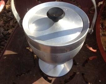 Mid Centery Alumiun Foot Ice Bucket