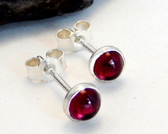 SIlver stud earrings,silver gemstone stud earrings,silver garnet stud earrings,silver garnet earrings,silver gemstone earrings,silver studs