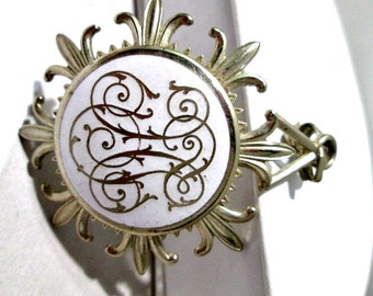 White Enamel With Scroll Work Design Fleur De Lis Crest Pendant Vintage Silver Tone Popular Styling