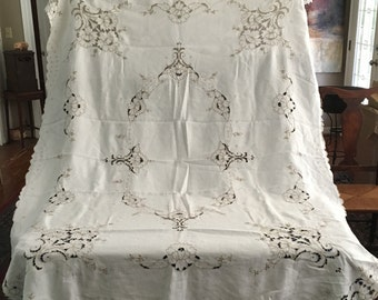 Cutwork Tablecloth with Matching Napkins