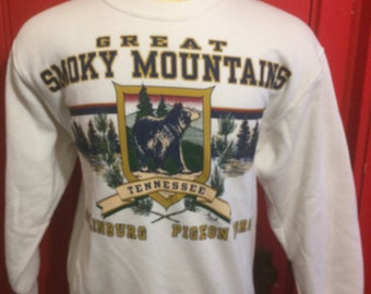 Vintage 80s Great Smokey Mountains, Tennessee 1980's Sweatshirt - vintage sweatshirt - travel - tourism (Medium)
