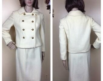 Vintage 60s Ivory 2 piece suit skirt &  crop jacket ,  suit wool boucle M, Easter suit