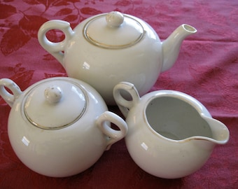 50% Off Vintage White Teapot Set