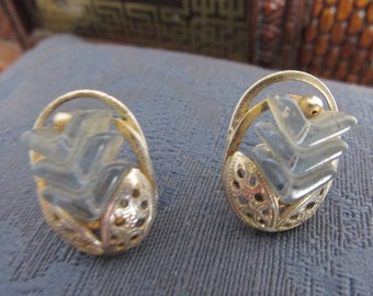Vintage Earrings - pale blue stones with silvertone filigree - screw back, floral design, jewelry, ears, accessories, antique