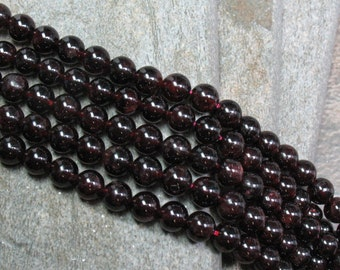 "8 mm Garnet Beads, 15"" strand - Item B0640"