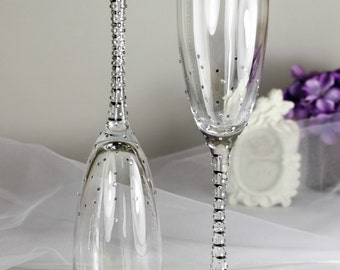 Brilliant Wedding champagne glasses with shimmering rhinestones - Wedding toasting flutes - Wedding favor -Wedding gift idea - Wedding glass