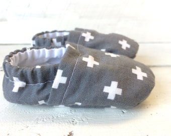 Cross-Pattened Baby Shoes