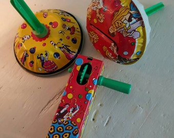 Noise Makers from the 50's,3 Vintage Festive & Fun Party NOISEMAKERS.U.S. Metal Toy MFG. Co. N.Y.U.S.A. Old Toy Party Favors