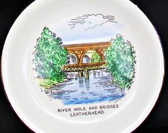 "Antique Or Vintage BUCKFAST POTTERIES River Mole And Bridges Leatherhead Devon England Old 7"" Decorative Collectible Retro Art Display Plate"