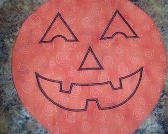 Jack-O-Lantern Candle Mat