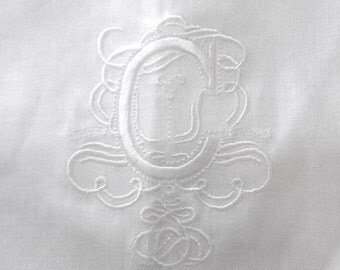 """Embroidered """"C"""" Monogram Guest Towel in white with  Gallucci Border/Free shipping in US"""