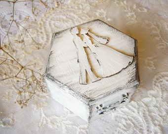 Rustic Wedding Ring Box  Personalized ring holder  Rustic Jewelry Box Wedding Box