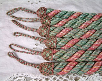 1 Pair french vintage curtain tie backs. Curtain ties. Set of 2 curtain tie ropes. Green and pink. Curtain Passementerie. Curtain hold backs