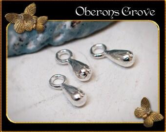 20 teardrop charms silver 7x3mm