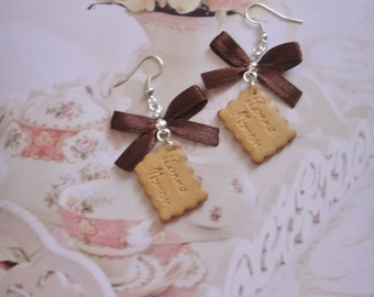 earrings biscuits