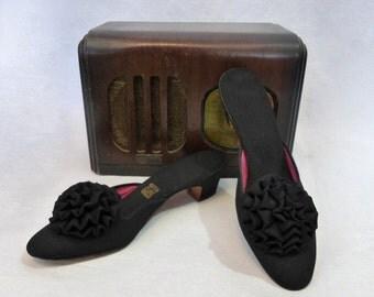 50s Slippers / Boudoir Slippers / Daniel Green Slippers / 1950s Slippers / 50s Shoes / Vintage Slippers / Vintage Shoes / Daniel Green Shoes