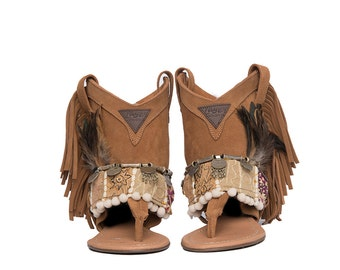 West Tribal White Sandals Layer boots