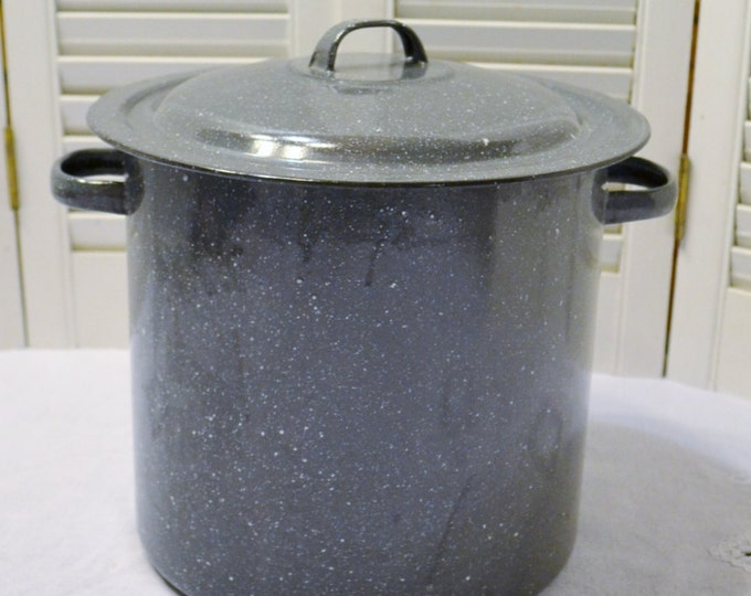 Vintage Gray Enamel Stock Pot with Lid Rustic Cookware Granite Speckle PanchosPorch
