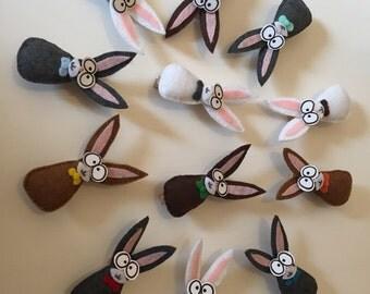 Easter Menu Card Holder - Menu Card Holder - Place Card Holder - Easter Decor - Easter Bunny - Place Setting - Place Card - Bunny Menu Card