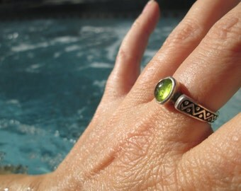 Peridot and Sterling Silver Ring Size 6.75