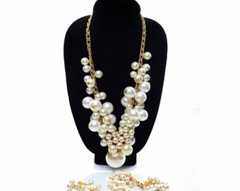 Pearl  chained cluster  set.