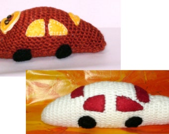 2 Toy cars crocheted
