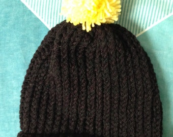 Bumble Bee Hat, Bumble Bee Beanie, Black and Yellow, Hat Yellow Pom Pom, Pom Pom Beanie Hat, Pom Pom Skull Cap, Ripped Beanie Hat, Knit Hat