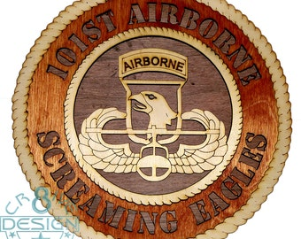 Army 101 Airborne Screaming Eagle Badge wooden 10.5 inch plaque Army,Airborne