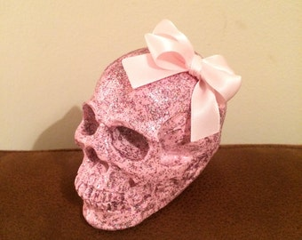 """Baby Pink Glitter Skull with pink bow 4"""""""
