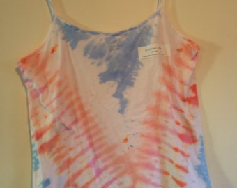 3X cami tie dye in pastel blue orange pink V.